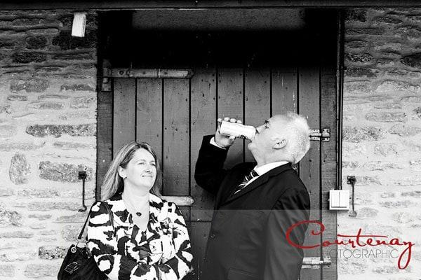 amusing-wedding-guest