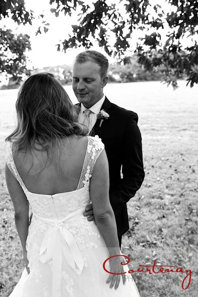 bride-groom-dorset-countryside