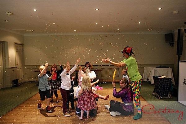 wedding childrens entertainer
