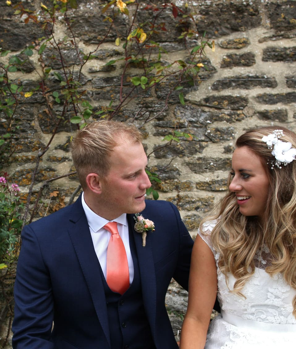 Stockbridge Farm Barn Dorset Wedding of Rosi & Nick