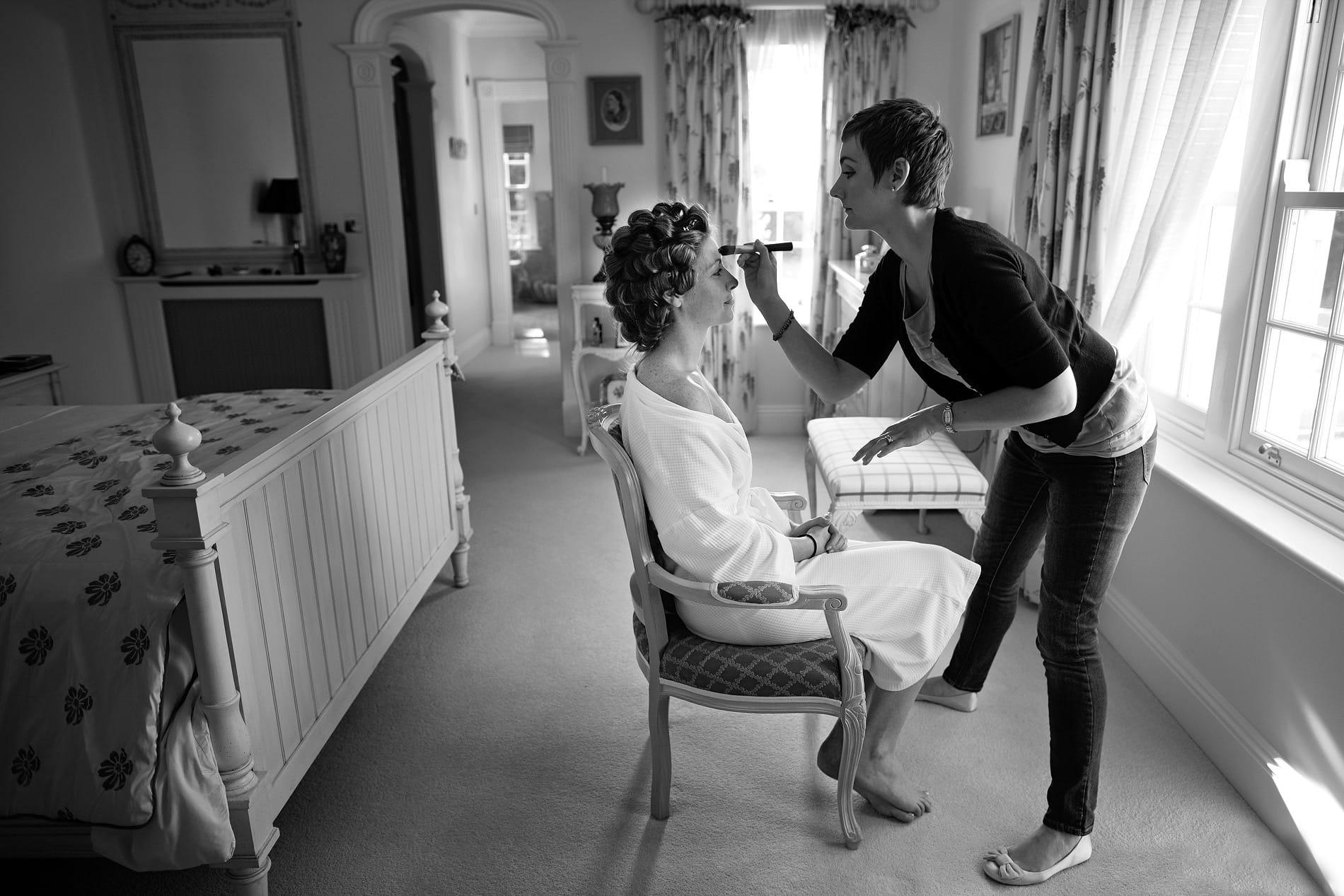 bride-with-make-up-artist