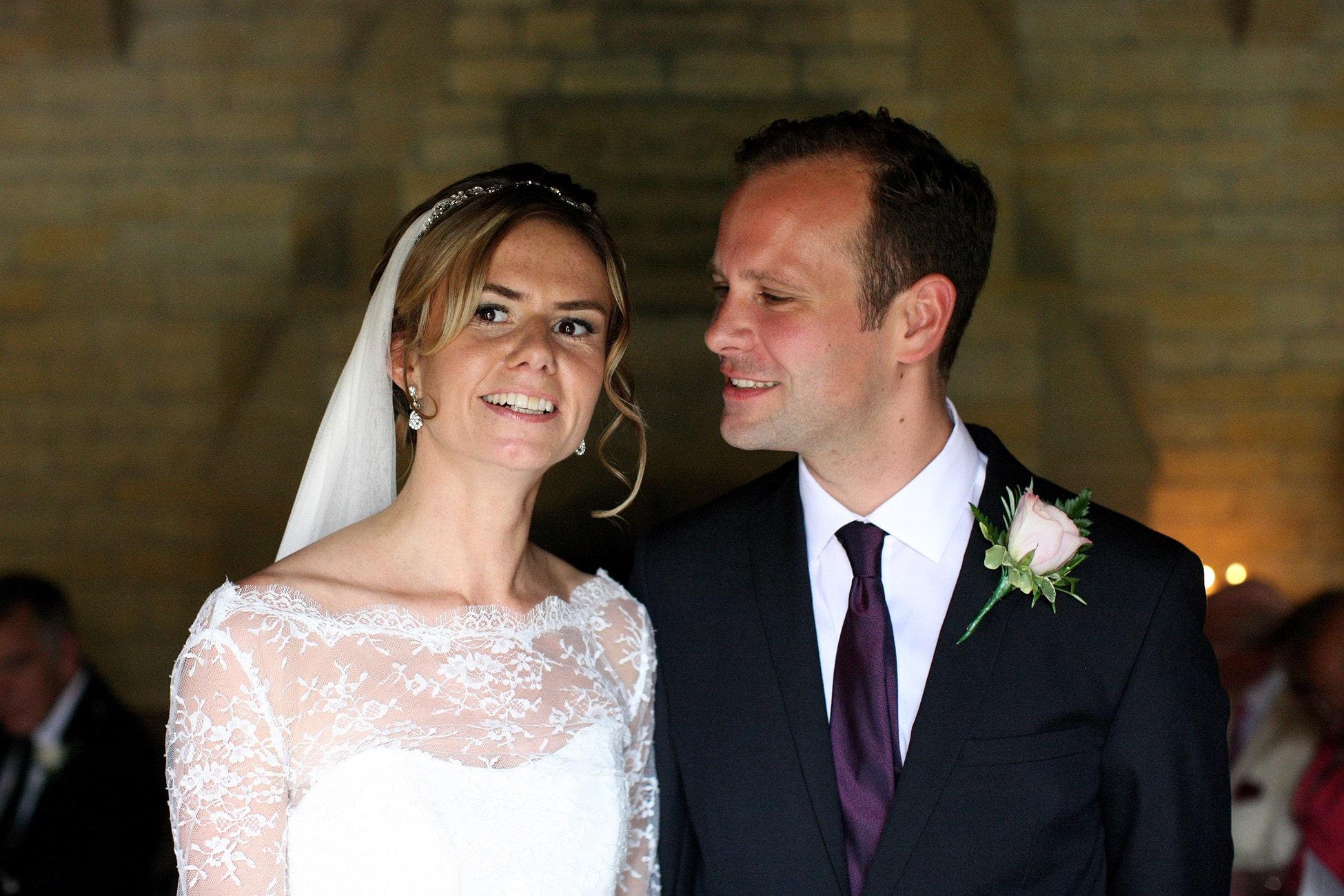 groom-looking-love