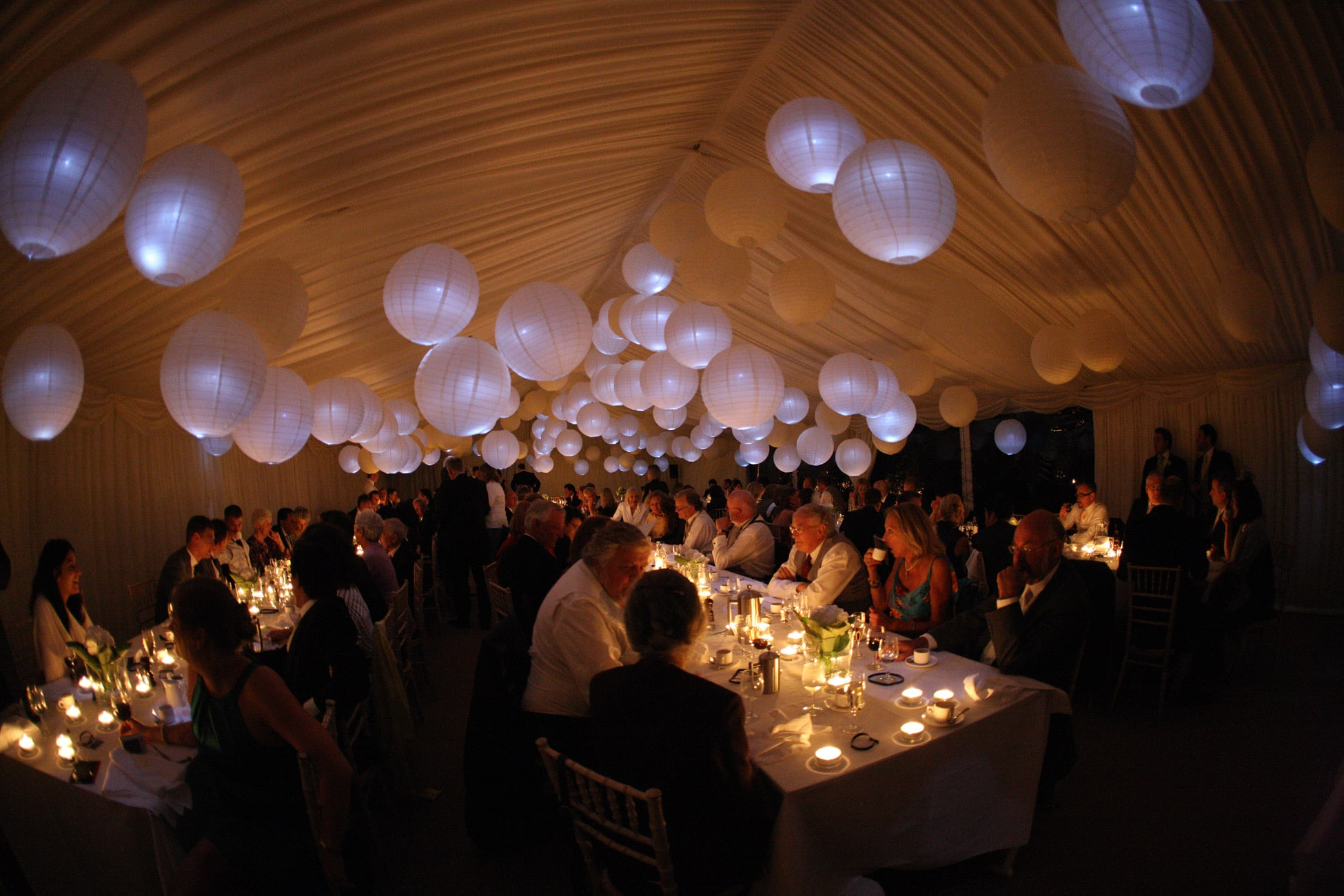 lighting-at-marquee-wedding