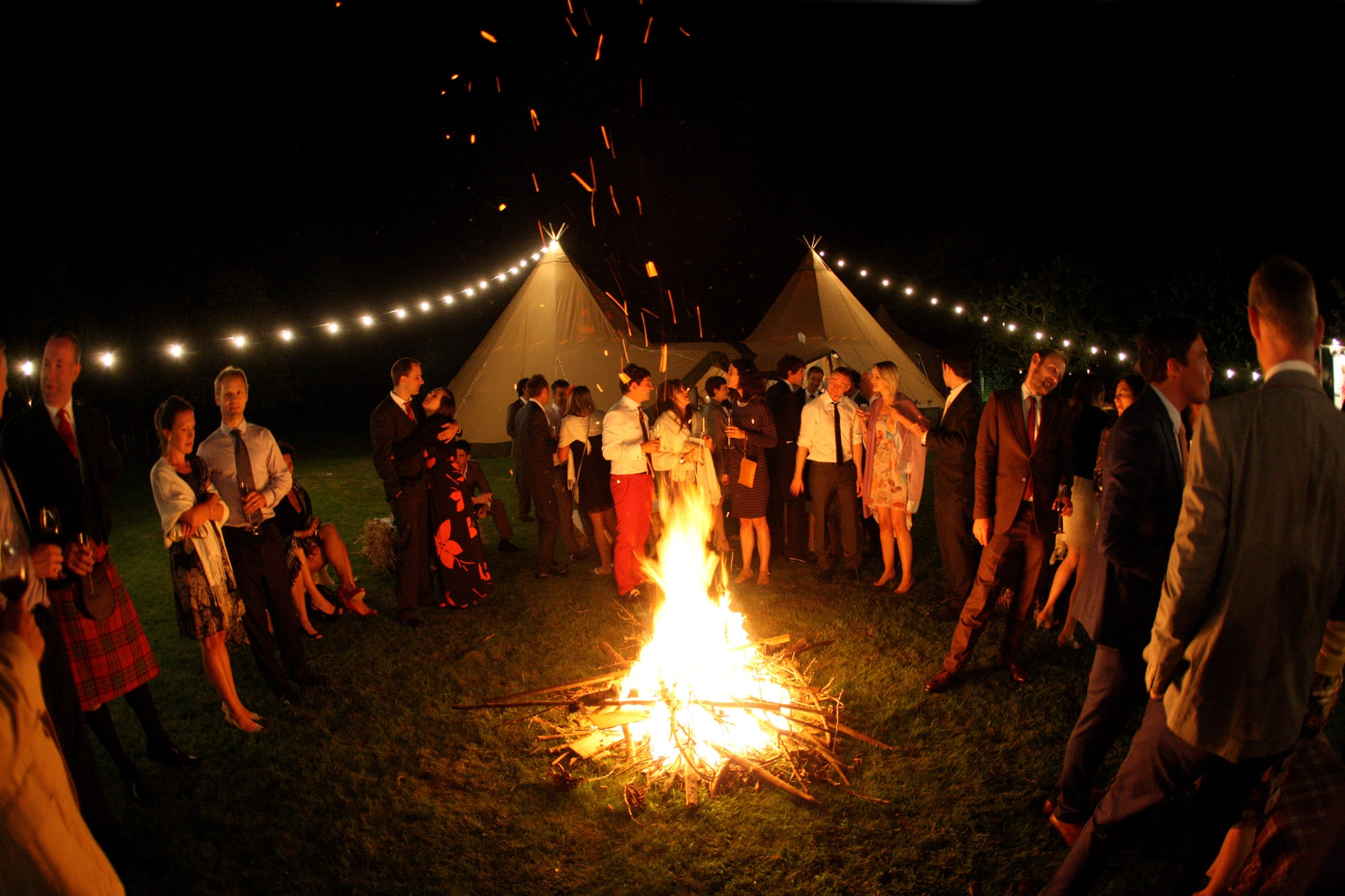 marquee-wedding-with-bonfire-in-Dorset