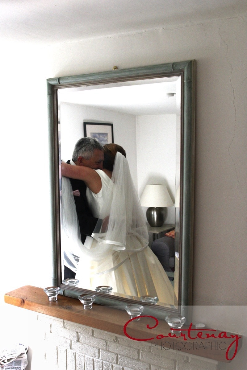 father sees daughter in dress for the first time
