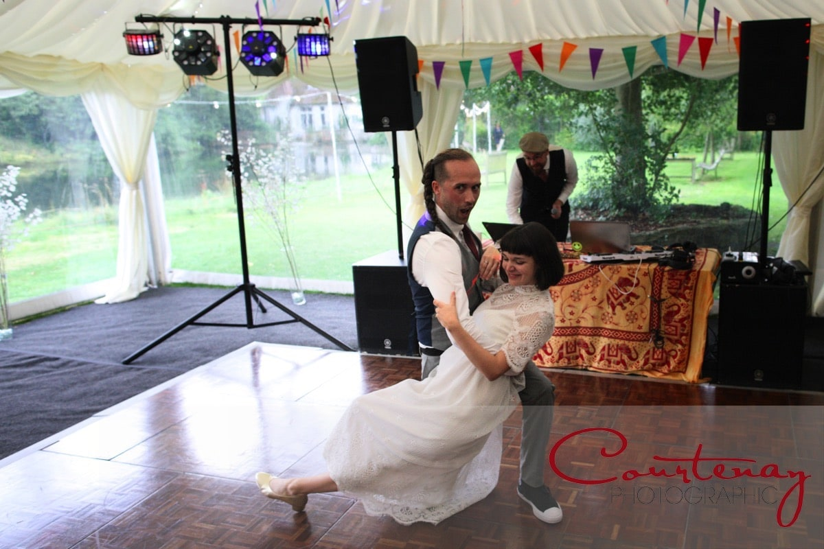 groom dips the bride