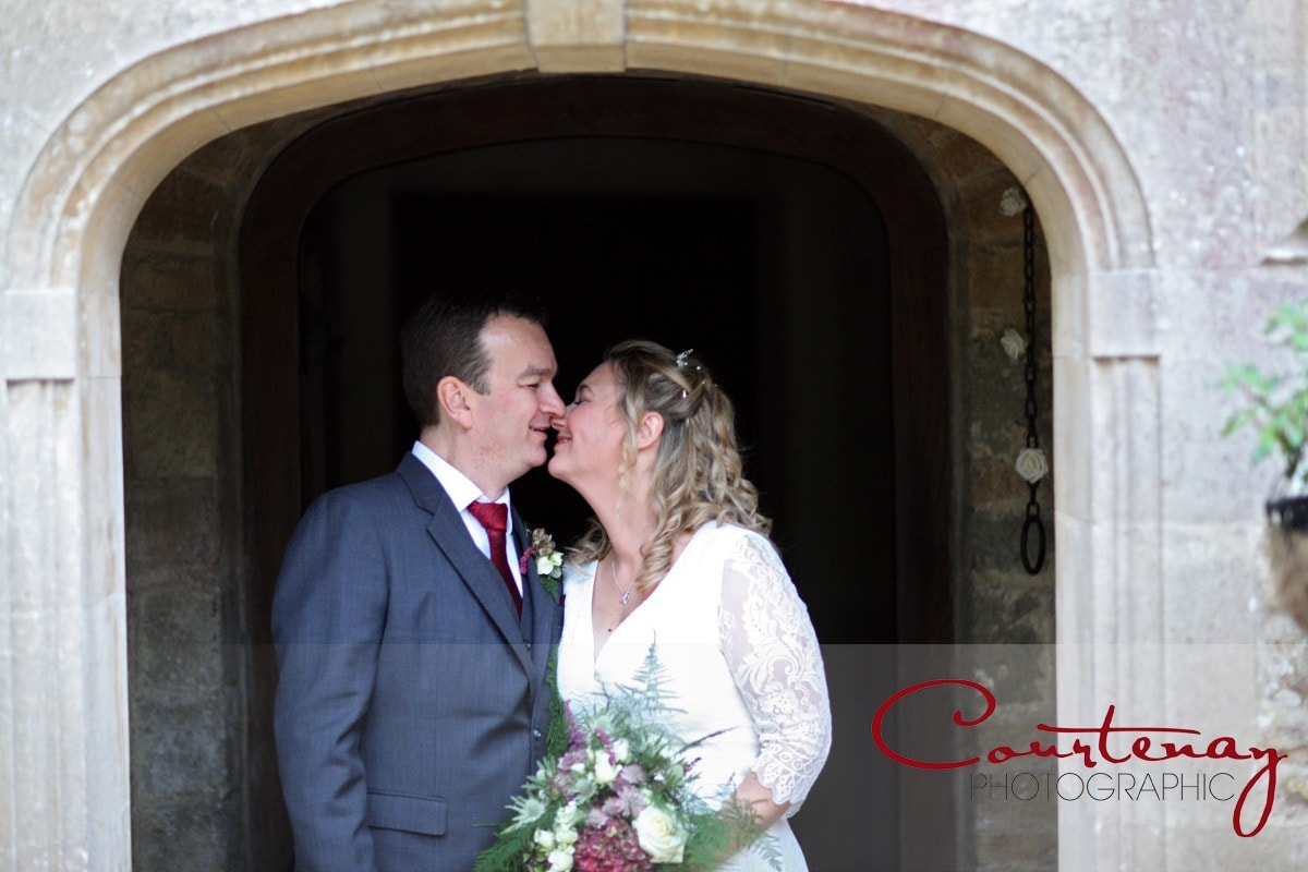 Chaffeymoor Grange Dorset wedding of Jayne & Phil