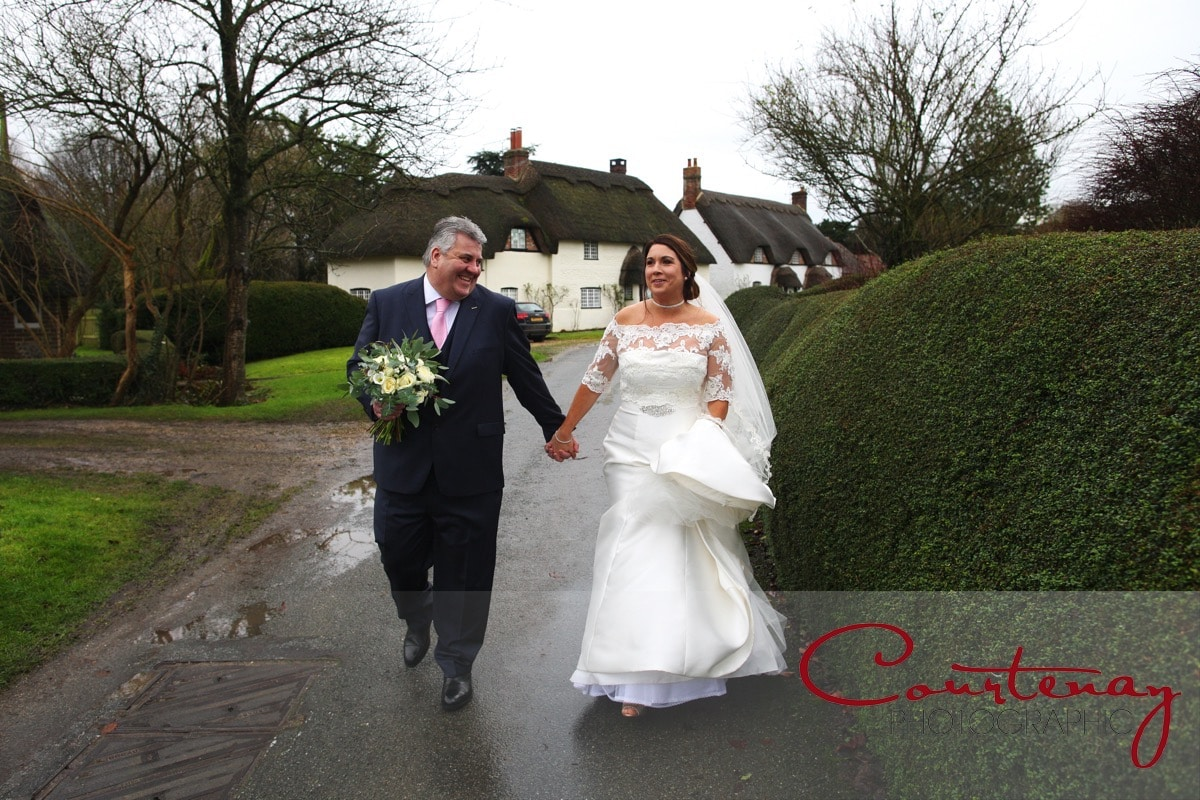 Langton Arms Dorset Wedding of Zoe & Jon