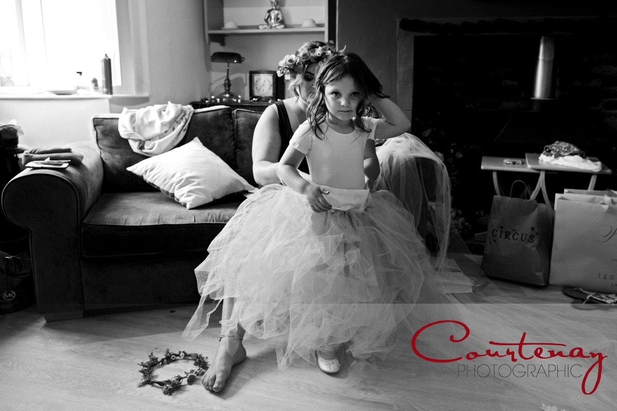 mum and daughter get ready