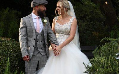 Scaplens Court Dorset Wedding of Fae & Bernie